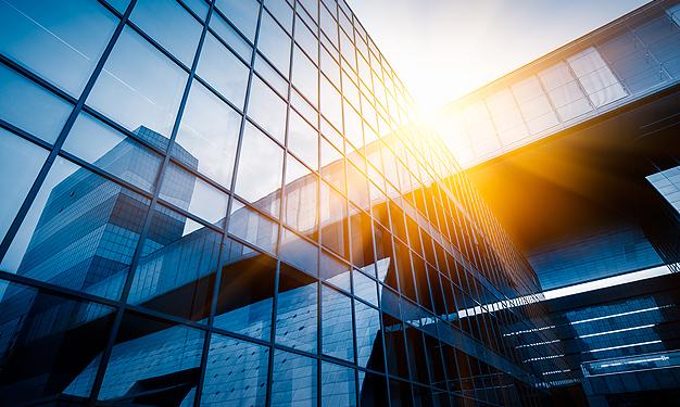 Εφαρμογές ενεργειακών υαλοπινάκων σε επαγγελματικούς χώρους και οικίες