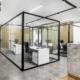 Γυάλινο χώρισμα γραφείου από τη Ribas Glass