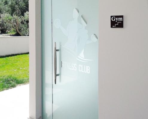 Γυάλινη πόρτα εξωτερική