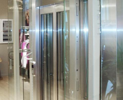 Γυάλινο ασανσέρ