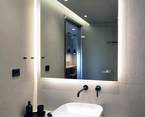 Καθρέπτης μπάνιου με led φωτισμό